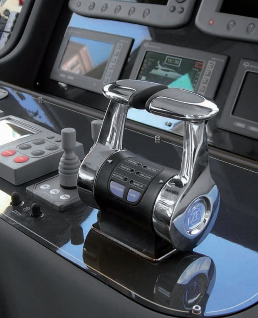 A Ful Control System For Today S Electronically Controlled Engines And Zf Transmissions Smartcommand Integrates The Latest In Canbus